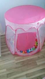 Princess pop up ball pit with balls