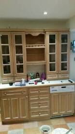 kitchen units with integral appliances