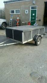 Car trailer 6'x4' - excellent condition