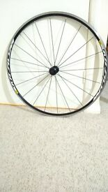 Mavic Aksium front wheel