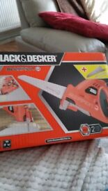 Black and Decker 400 saw