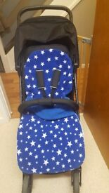 Hauck rapid 4 pushchair nearly new footmuff included