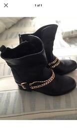 Size 6 gold bar boots