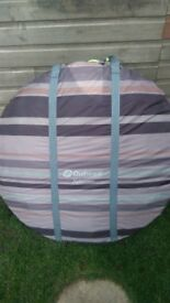 Outwell Alderney is a deluxe pop-up tent for up to 2 people!good condition Can deliver or Post!