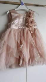 Pretty dress 6to9months