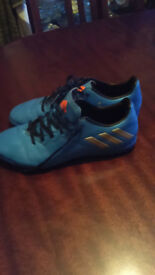 Adidas Messi 16.4 TF shcok blue/silver Astro trainer - size 7