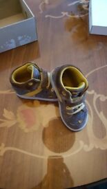 Boys clarks boots size 6g