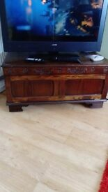 Oak TV unit & nest 3 tables