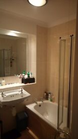 Double Room available in a home from home in Redland