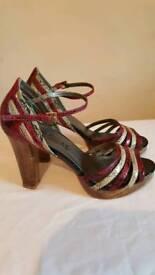 High heeled Sandel / Shoes