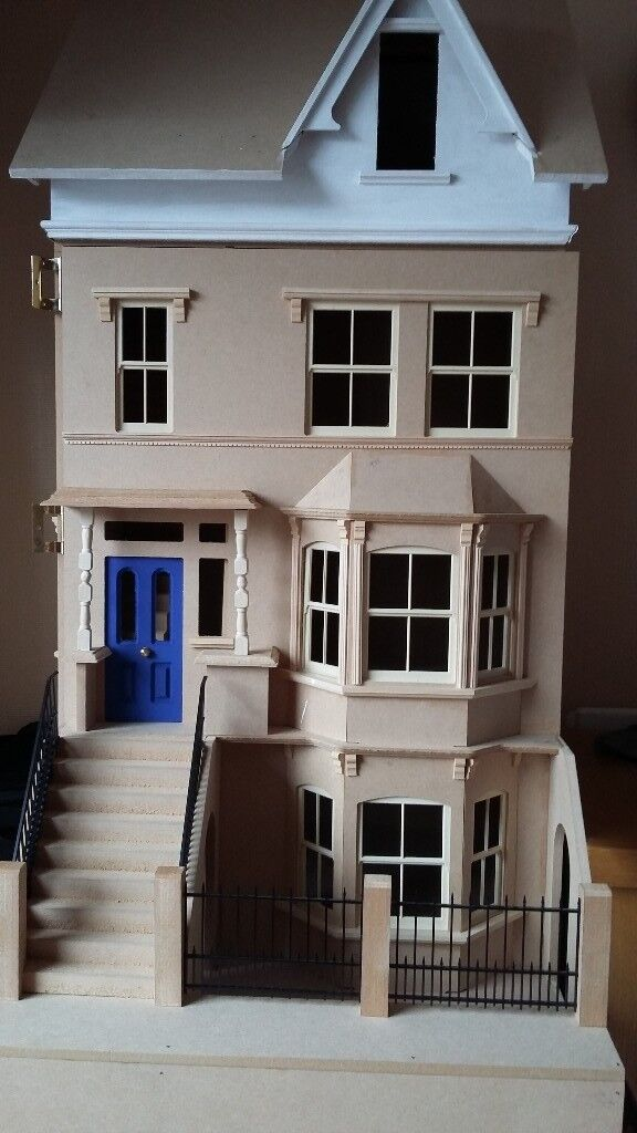 Collectors Dolls House. Made From Sid Cooke Kit, Highgate House. Unfinished.
