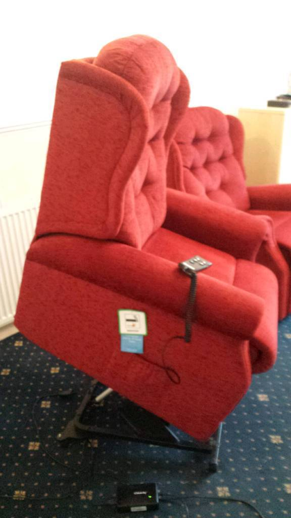 Celebrity Electric Riser and Recliner Chairs. Image 1 of 6  sc 1 st  Gumtree & Celebrity Electric Riser and Recliner Chairs | in Newport | Gumtree islam-shia.org