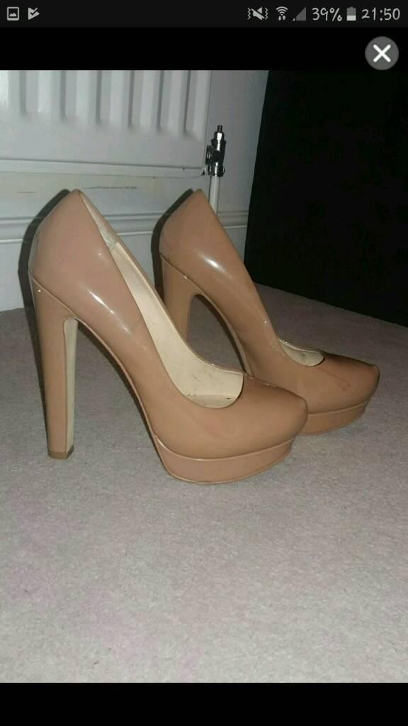 dune nude size 4 heels