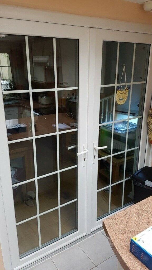 WHITE UPVC FRENCH DOORS + FRAME EXCELLENT CONDITION