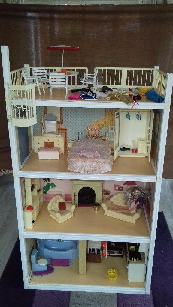 Sindy Doll House Vintage With Furniture And Doll