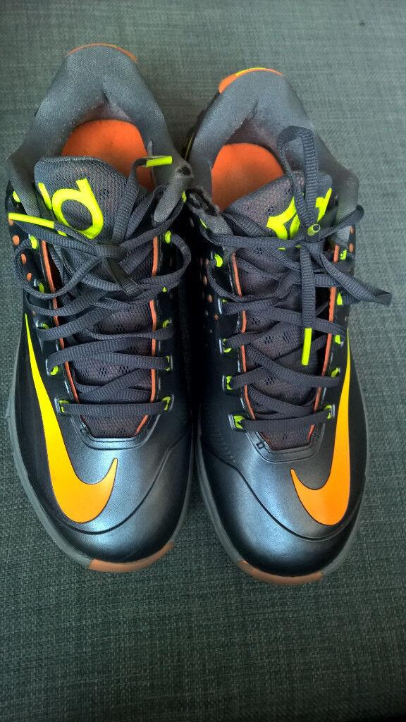 lebron james womens shoes. nike KD size 6.5 da39fe7a0