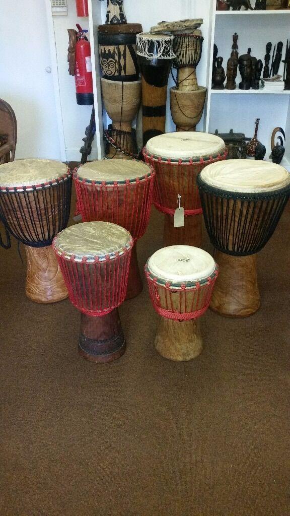 Djembe African Drum/Zebra Skin Drum/table