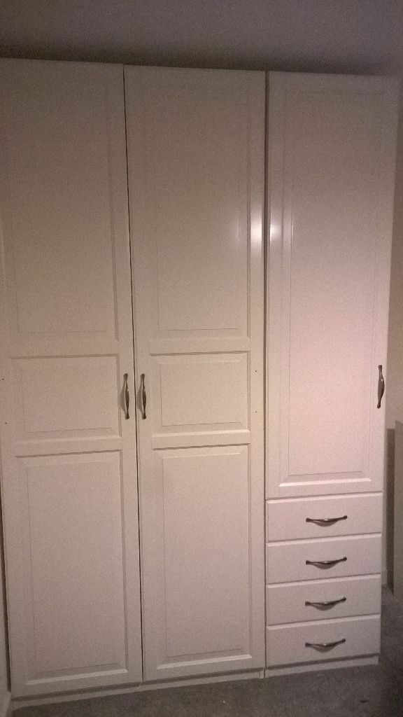 IKEA pax wardrobes with Hemnes doors & IKEA pax wardrobes with Hemnes doors | in Harlow Essex | Gumtree