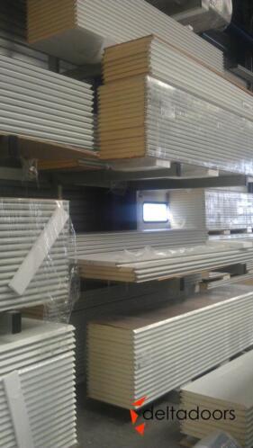 Wonderbaar ≥ Zelf reparatie overheaddeur / sectionaaldeur panelen - Deuren OW-05