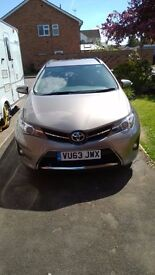 Toyota Auris Sport Estate 2013 34600miles In-warranty