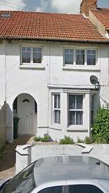 3 bedroom house in Shelldale Avenue Portslade
