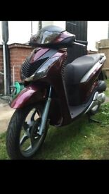 SH 125i SPORT IMMACULATE 1800£ YES OFFERT!!