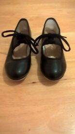 Katz Tap Shoes in black - Child's size 11
