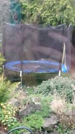 Trampoline 10 foot with netting enclosure