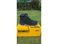 dewalt s3 safety boots size 9