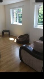 Very large 5 double bedroom flat in Southfields. Must see. Available right now