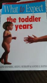 book WHAT TO EXPECT - THE TODDLER YEARS