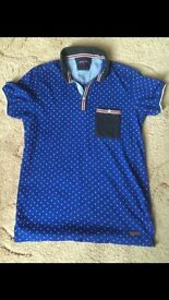 Brave Soul mens shirt , blue patterned t-shirt size medium as new collect finchley
