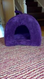 Purple igloo cat bed from pets at home, like new