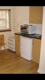 One Bedroom Flat to Rent on Woodcroft Crescent Uxbridge