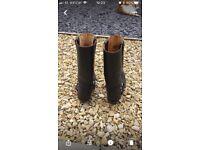 Ladies black size 4 Sancho Boots