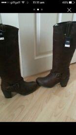NEW next boots