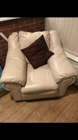 Cream leather 4 seater settee and chair in good condition from a smoke free home