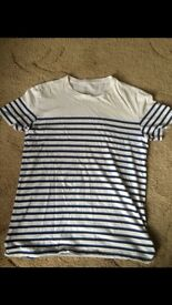 Gap Mens T-shirt size small Good condition pick up from east finchley