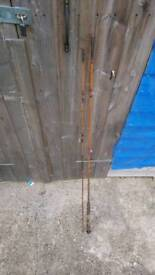 1 x fladden fly rod 1 x leader fly reel 1 x very old cane fly rod