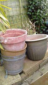 Free Garden Pots, Steps and Brackets