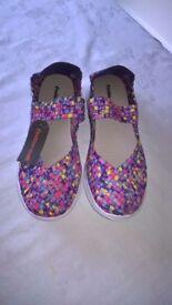 Ladies Cushion Walk Sandal (size UK 8E)