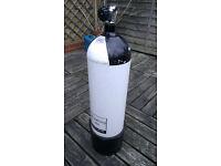 Faber 12.2 litre 232 bar steel diving cylinder / tank (in test)