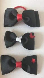 3 x blk & red bows