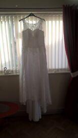 brides wedding dress £50