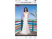 Sincerity lace wedding dress