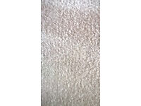 Carpet NEW Beige colour Approx 2.7mx3.20m Plus free used rubber underlay
