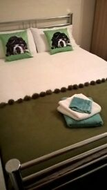 Cosy double rooms X 2, close to Central Wimbledon. Overnight / short lets very welcome.