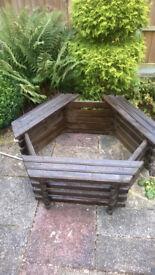 Garden tree seat planter