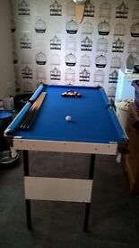 Childs pool table 4.5 feet by 2.5feet