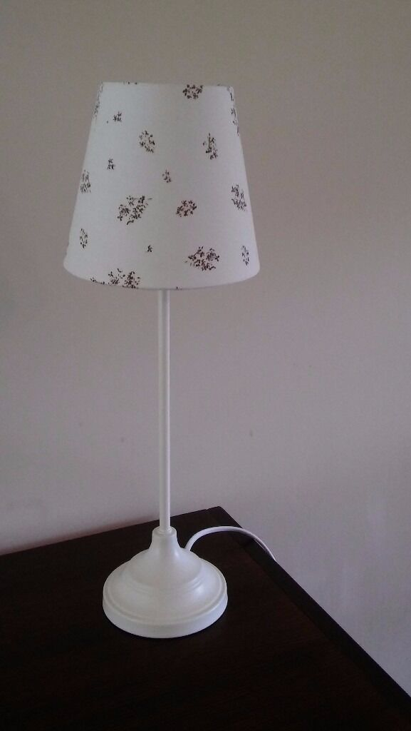 Lamp from Next, condition like new, white lamp including white lampshade with small flowery pattern